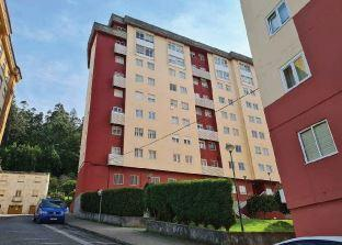 Piso en venta en Magazos, Viveiro, Lugo, Travesía Verxeles, 61.000 €, 3 habitaciones, 2 baños, 119 m2