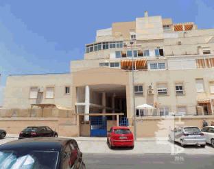 Piso en venta en Roquetas de Mar, Almería, Calle Jose Mª Cagigal, 76.900 €, 2 habitaciones, 1 baño, 94 m2