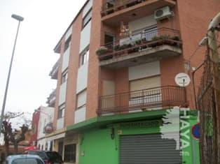 Piso en venta en Grupo San Lorenzo, Castellón de la Plana/castelló de la Plana, Castellón, Calle Traiguera, 63.000 €, 4 habitaciones, 1 baño, 134 m2