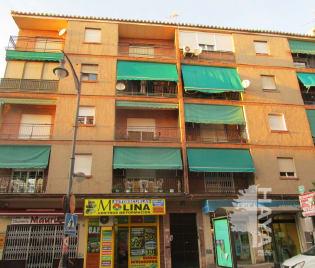 Piso en venta en Casco Antiguo Sur, Atarfe, Granada, Avenida Andalucia, 86.625 €, 1 baño, 101 m2
