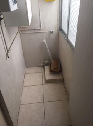 Piso en venta en Tarragona, Tarragona, Calle de L`enginyer Cabestany, 113.000 €, 3 habitaciones, 1 baño, 86 m2