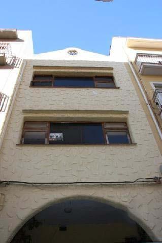 Casa en venta en Benicarló, Castellón, Calle Berenguer de Cardona, 187.000 €, 6 habitaciones, 2 baños, 106 m2