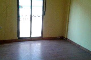 Piso en venta en Pobles de L`oest, Valencia, Valencia, Calle Maestro Alberto Luz, 81.600 €, 5 habitaciones, 2 baños, 90 m2