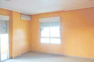 Piso en venta en Albatera, Alicante, Calle Miguel de Unamuno, 62.100 €, 4 habitaciones, 2 baños, 120 m2