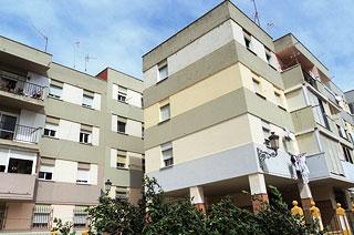 Piso en venta en Estepona, Málaga, Plaza Virgen del Mar, 82.800 €, 3 habitaciones, 1 baño, 76 m2