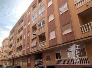 Piso en venta en Torrevieja, Alicante, Calle Huerto, 60.921 €, 2 habitaciones, 1 baño, 95 m2