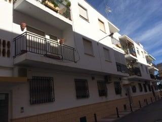 Piso en venta en Alhama de Almería, Almería, Calle Blasco Ibañez, 47.600 €, 3 habitaciones, 1 baño, 93 m2