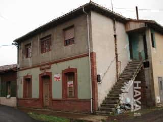 Piso en venta en Barrio de la Peña, Mieres, Asturias, Calle la Tejera, 29.000 €, 3 habitaciones, 1 baño, 89 m2