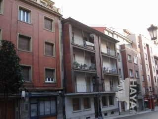Piso en venta en El Cristo Y Buenavista, Oviedo, Asturias, Calle Fuertes Acevedo, 65.900 €, 3 habitaciones, 1 baño, 84 m2