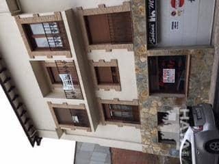 Piso en venta en Ramacastañas, Arenas de San Pedro, Ávila, Calle Alvaro Luna, 44.000 €, 1 habitación, 1 baño, 84 m2