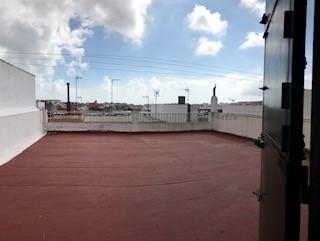 Piso en venta en Piso en Algeciras, Cádiz, 120.000 €, 3 habitaciones, 2 baños, 194 m2