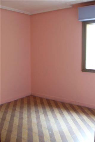 Piso en venta en Las Campas Y San Claudio, Oviedo, Asturias, Calle Monte Gamonal, 76.000 €, 4 habitaciones, 1 baño, 67,15 m2