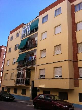 Piso en venta en Alcázar de San Juan, Ciudad Real, Travesía de Goya, 34.960 €, 3 habitaciones, 1 baño, 105 m2