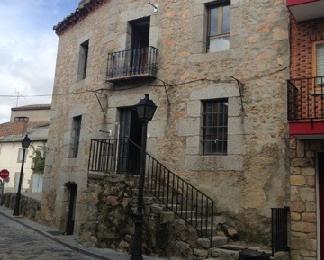 Casa en venta en Navalperal de Pinares, Ávila, Travesía de la Iglesia, 47.500 €, 4 habitaciones, 2 baños, 90 m2