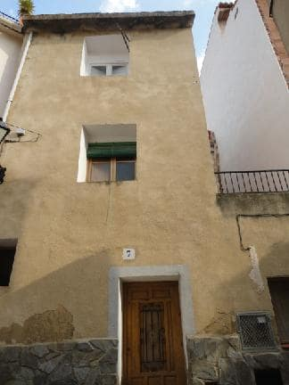 Casa en venta en Castellnovo, Castellón, Calle San Miguel, 41.647 €, 3 habitaciones, 1 baño, 65 m2