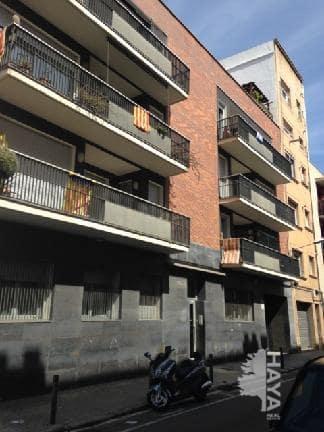 Piso en venta en Mataró, Barcelona, Calle Castaños, 253.000 €, 4 habitaciones, 1 baño, 155 m2