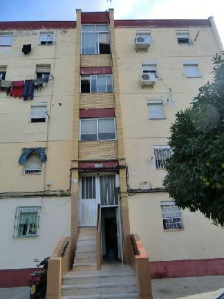 Piso en venta en Sevilla, Sevilla, Calle Pegaso, 26.846 €, 3 habitaciones, 1 baño, 54 m2
