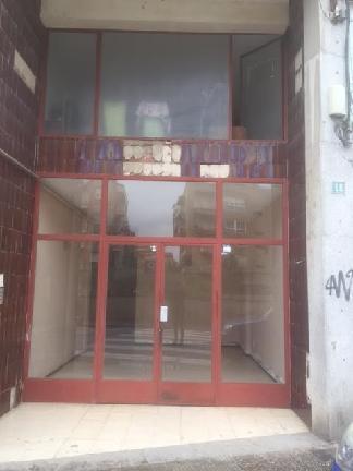 Piso en venta en Salt, Girona, Plaza Catalunya, 64.679 €, 3 habitaciones, 1 baño, 84 m2