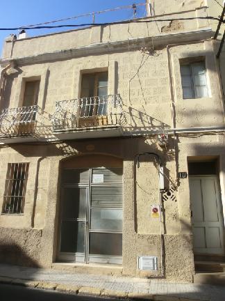 Casa en venta en Amposta, Tarragona, Calle Colon, 29.051 €, 5 habitaciones, 3 baños, 139 m2