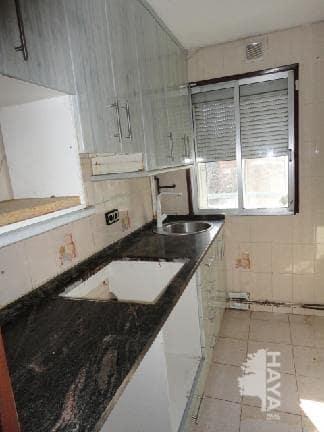 Piso en venta en Piso en Zaragoza, Zaragoza, 47.900 €, 3 habitaciones, 1 baño, 68 m2