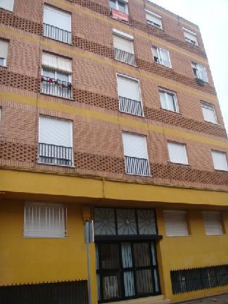 Piso en venta en Alcázar de San Juan, Ciudad Real, Calle Pineda, 24.000 €, 3 habitaciones, 1 baño, 90 m2