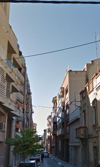 Piso en venta en Figueres, Girona, Calle Sant Antoni, 99.000 €, 3 habitaciones, 1 baño, 100 m2