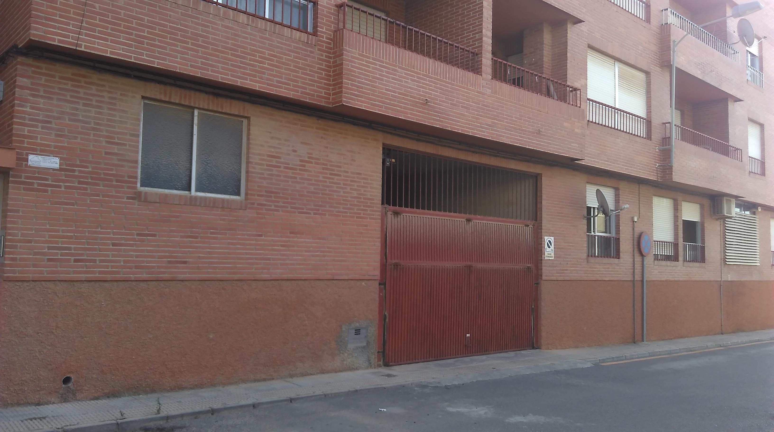 Piso en venta en San Javier, Murcia, Calle del Sol, 66.000 €, 3 habitaciones, 1 baño, 100 m2