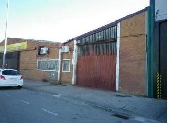 Industrial en venta en Alcorcón, Madrid, Calle Vereda de los Barros, 325.000 €, 724 m2