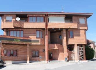 Piso en venta en Sanchonuño, Segovia, Plaza Constitucion, 98.525 €, 3 habitaciones, 2 baños, 141 m2