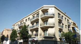Piso en venta en Urbanització Quilòmetre 3, Calella, Barcelona, Calle Angel Guimera, 142.000 €, 4 habitaciones, 1 baño, 77 m2