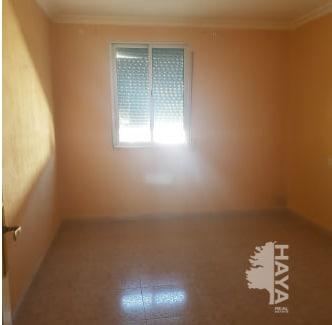 Piso en venta en Piso en El Puerto de Santa María, Cádiz, 47.574 €, 3 habitaciones, 1 baño, 79 m2