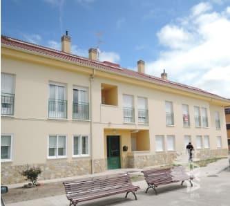 Piso en venta en Bernuy de Porreros, Segovia, Calle Camino de Valseca, 93.732 €, 2 habitaciones, 1 baño, 80 m2