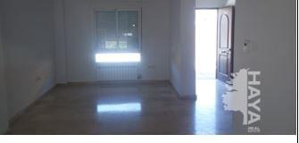 Casa en venta en La Guardia de Jaén, Jaén, Urbanización Jardines de la Yuca Ii, 149.397 €, 4 habitaciones, 3 baños, 130 m2