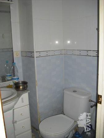 Piso en venta en Bonavista, Tarragona, Tarragona, Calle Vint I Quatre, 61.448 €, 4 habitaciones, 1 baño, 97 m2