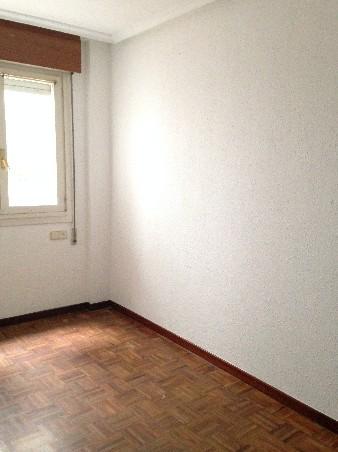 Piso en venta en Oviedo, Asturias, Calle Armando Collar, 90.500 €, 3 habitaciones, 2 baños, 92 m2