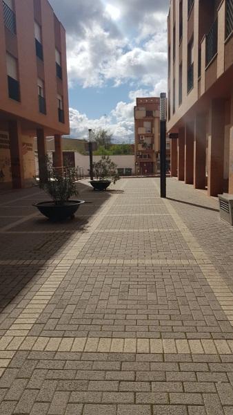 Piso en venta en Distrito Bellavista-la Palmera, Valdepeñas, Ciudad Real, Calle del Sor Candida, 68.000 €, 1 habitación, 69 m2