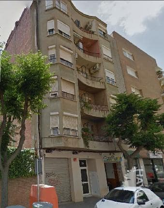 Piso en venta en Barri Gaudí, Tarragona, Tarragona, Calle Madre Molas, 67.300 €, 3 habitaciones, 1 baño, 103 m2