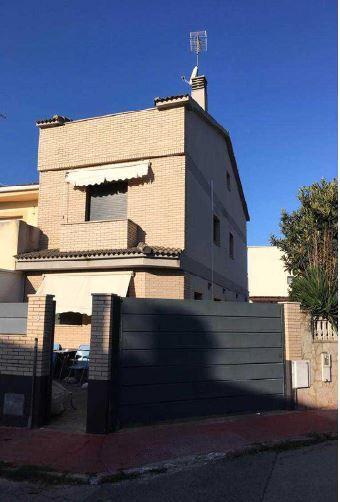 Piso en venta en El Vendrell, Tarragona, Calle Salmo-urb Francas, 202.900 €, 4 habitaciones, 2 baños, 229 m2