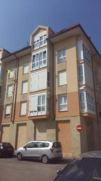 Piso en venta en Urbanización Nuestra Señora de la Nieves, Reinosa, Cantabria, Calle Ebro, 68.000 €, 2 habitaciones, 1 baño, 75 m2