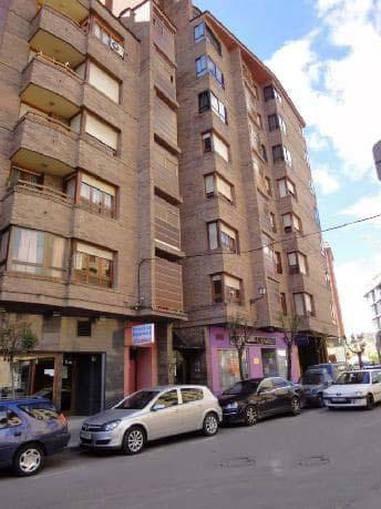 Piso en venta en Calatayud, Zaragoza, Calle Plaza Marcial, 65.000 €, 4 habitaciones, 3 baños, 125 m2