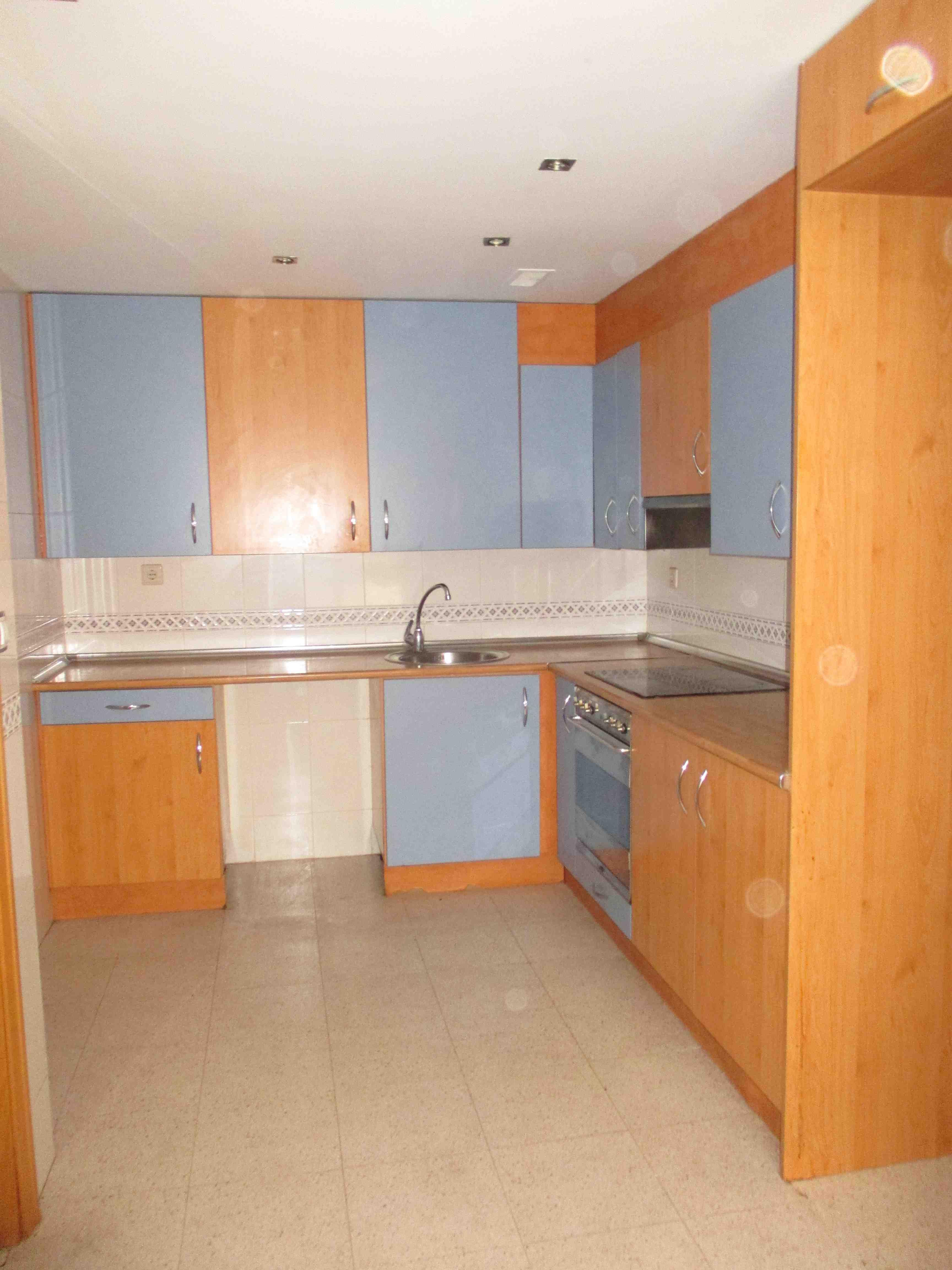 Casa en venta en Casa en Zaragoza, Zaragoza, 267.000 €, 5 habitaciones, 2 baños, 230 m2