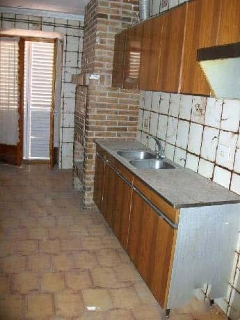 Piso en venta en Barri de L´almartx, Alguaire, españa, Plaza Esglesia, 25.840 €, 6 habitaciones, 4 baños, 204 m2