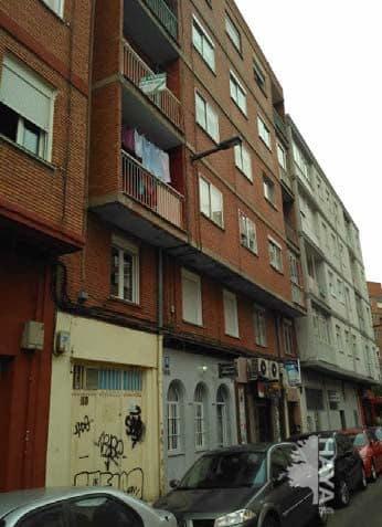 Piso en venta en Valladolid, Valladolid, Calle Peña de Francia, 66.800 €, 1 habitación, 1 baño, 64 m2