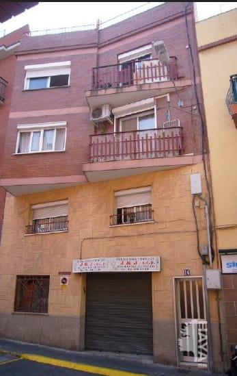 Piso en venta en Santa Coloma de Gramenet, Barcelona, Calle Joan Valentí Escalas, 85.798 €, 3 habitaciones, 1 baño, 80 m2