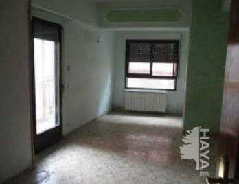 Piso en venta en Piso en Talavera de la Reina, Toledo, 42.000 €, 3 habitaciones, 1 baño, 84 m2