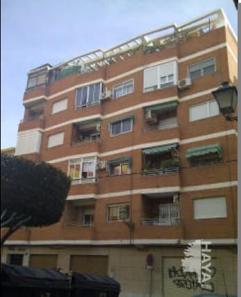 Piso en venta en Almedina, Almería, Almería, Calle Reina, 87.000 €, 2 habitaciones, 1 baño, 99 m2