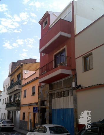 Piso en venta en San Cristobal de la Laguna, Santa Cruz de Tenerife, Calle San Juan, 67.008 €, 2 habitaciones, 1 baño, 70 m2