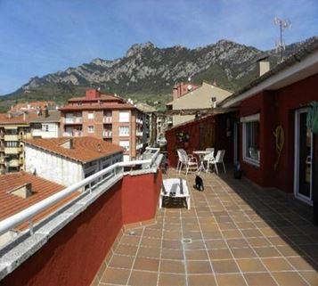 Piso en venta en Berga, Barcelona, Calle Fra Frederic, 60.000 €, 2 habitaciones, 2 baños, 60 m2