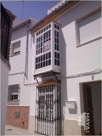 Piso en venta en Olvera, Cádiz, Calle Zorrilla, 55.000 €, 3 habitaciones, 1 baño, 87 m2