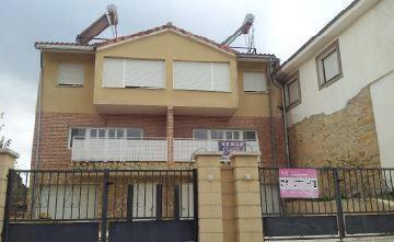 Casa en venta en Trespaderne, Trespaderne, Burgos, Calle Cid, 72.500 €, 3 habitaciones, 2 baños, 160 m2